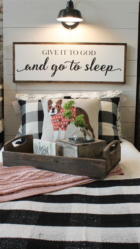 bed sign  buffalo check  cute dog pillow