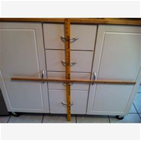 how to baby proof kitchen cabinets 1000 images about baby proofing on safety 8501