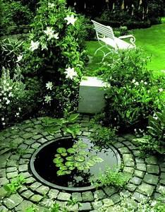 Ideen Für Kleinen Gartenteich : die besten 25 kleiner gartenteich anlegen ideen auf pinterest gartenteich bepflanzen ~ Markanthonyermac.com Haus und Dekorationen