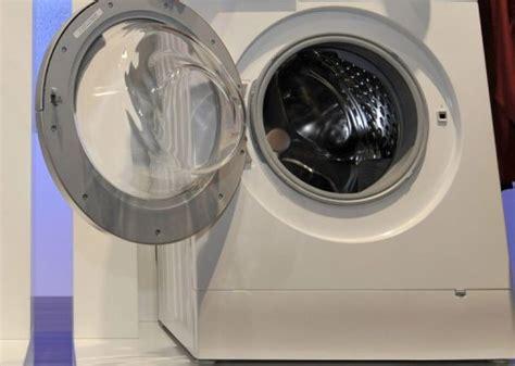 machine a laver qui pese le linge il se cache nu dans le lave linge et reste coinc 233 06 01 2014 ladepeche fr
