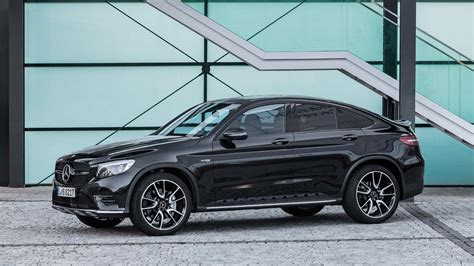 The gle coupe offers an air of exclusivity, but it's also a very livable daily driver that just happens to have an evil side. Mercedes-AMG GLC 43 4Matic Coupe launched at Rs 74.80 lakh ...
