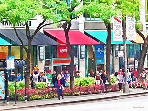 Chicago Il - Shopping Along Michigan Avenue Photograph by