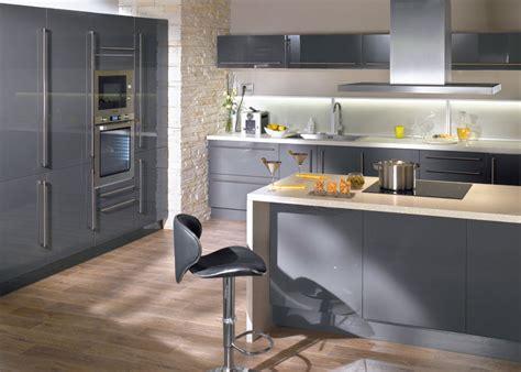 ilot de cuisine alinea cuisine conforama avec îlot central gris