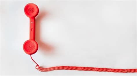 phone calls from malware uses talk to make malicious phone calls