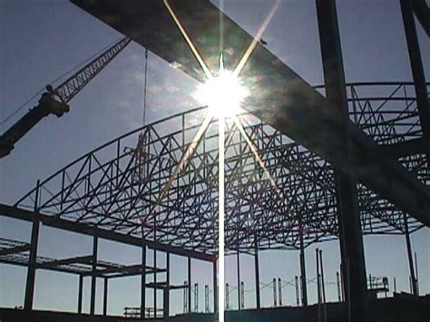 curved roof trusses