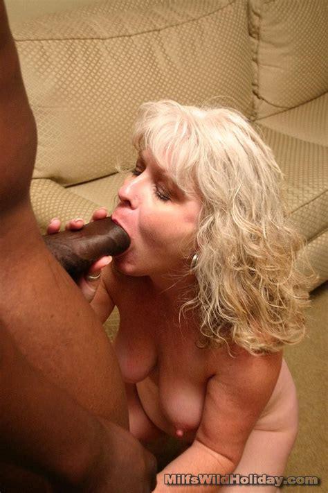 Plump Mature Mom Gagging On A Fat Black Cock Xxx Milfs