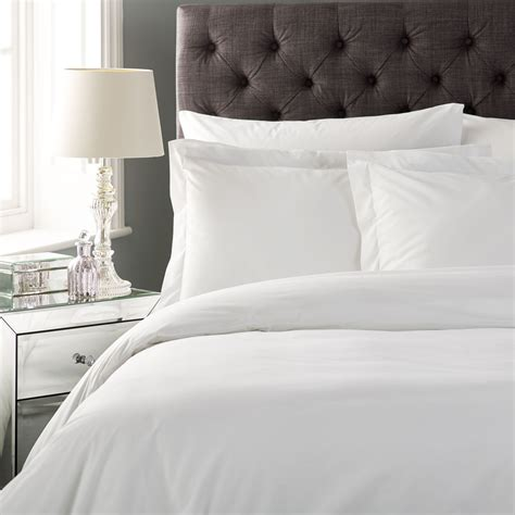 buy luxury hotel bed linen at amazing wholesale prices