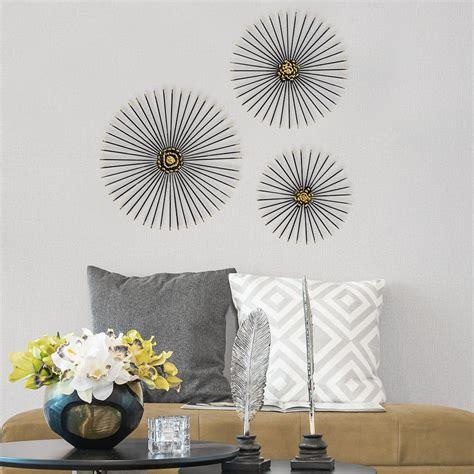 Lustrous starbursts will make your wall glisten with the kiera grace bristol kranse decor! Trio Starburst Wall Decor-S07674 - The Home Depot