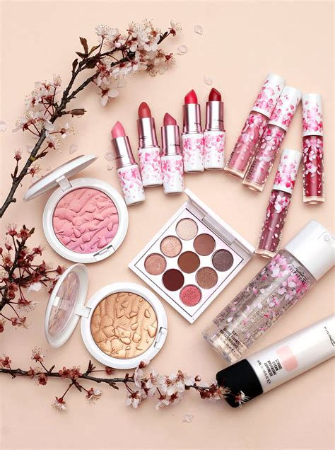 mac boom boom bloom collection offers  bouquet