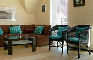 brown and blue living room ideas love blue pinterest