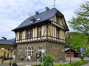 Bahnhof Bad Neuenahr : deutschland rheinlandpfalz landkreis ahrweiler verbandsgemeinde altenahr bahnhof mayschoss ~ Markanthonyermac.com Haus und Dekorationen