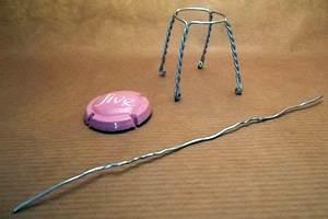 Stuhl Mit Ring : whiskering anleitung mini stuhl aus einem drahtgestell ~ Frokenaadalensverden.com Haus und Dekorationen