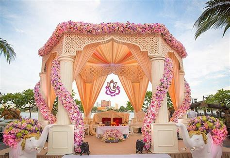 Stunning Indian Wedding Mandap Decor Ideas To Say I Do Under. Cheap Wedding Altar Ideas. Wedding Halls In Michigan. Custom Foil Wedding Invitations. South Indian Wedding Reception Hairstyles. Wedding Centerpieces With Flowers And Branches. Wedding Napkins Bulk. Wedding Day Letter To Parents. Wedding Stuff At The Range