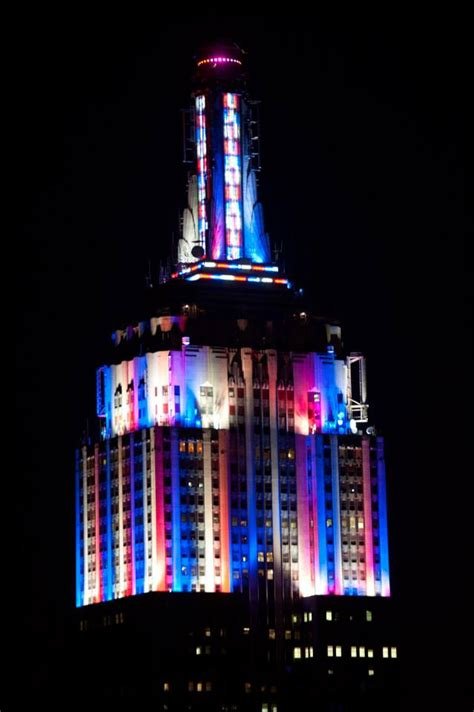 the empire state building s colorful 4th of july light show
