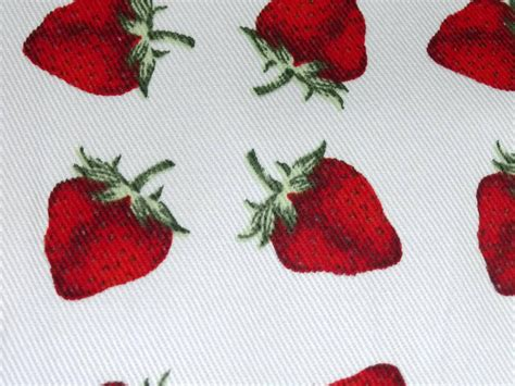 strawberry design cotton twill print fabric ideal for