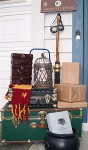Harry Potter Decoration : 17 best ideas about harry potter owl on pinterest harry ~ Dode.kayakingforconservation.com Idées de Décoration
