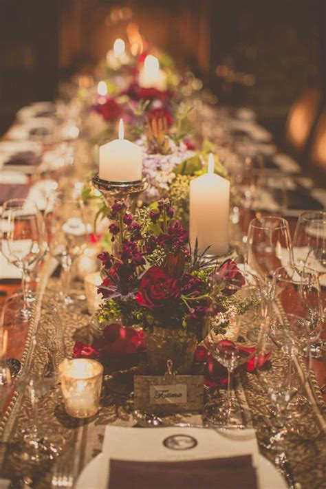 25 Oh So Festive Christmas Wedding Ideas Brit Co