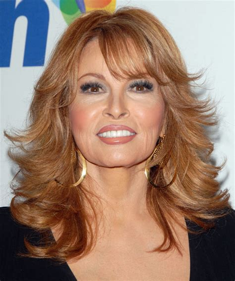 raquel welch long wavy hairstyle