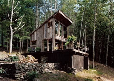 small rustic cabin materials reclaimed from 100 year old barn