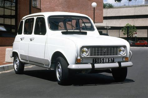 renault small why i love the renault 4 by russell bulgin car archive