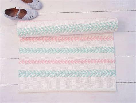 couleur tendance pour une chambre tapis chambre bébé 29 tapis vraiment craquants