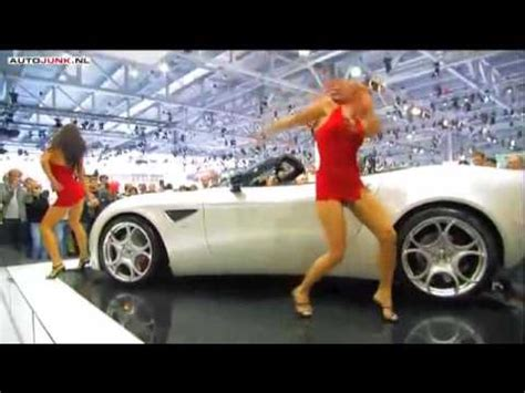 hot girl dance  alfa romeo  spider pt youtube