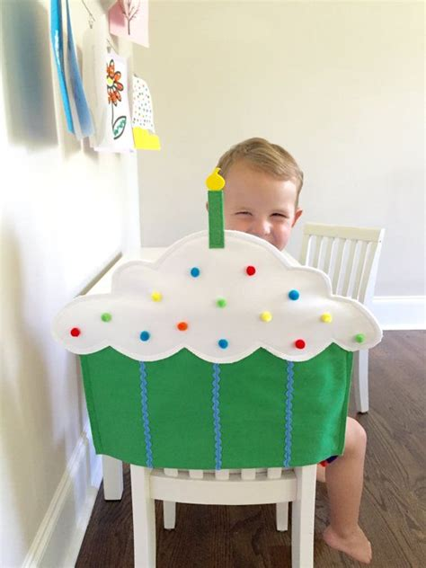 Best  Birthday Chair  Ee  Ideas Ee   On Pinterest Party Chairs
