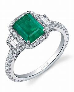 Emerald engagement rings for a one of a kind bride for Emerald and diamond wedding ring