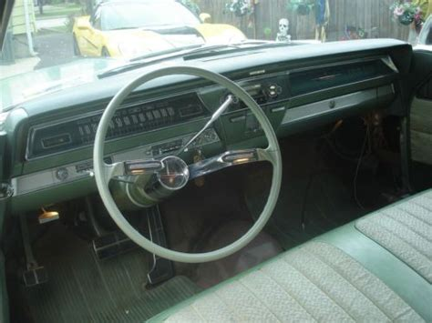 sell   oldsmobile    rare  mileage