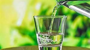 Was Ist Destilliertes Wasser : welches wasser ist gesund ~ A.2002-acura-tl-radio.info Haus und Dekorationen