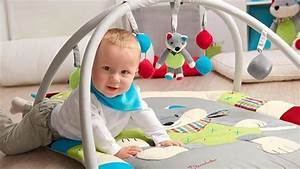Spielzeug Für Babys : spielzeug f r babys 0 12 m ~ Watch28wear.com Haus und Dekorationen
