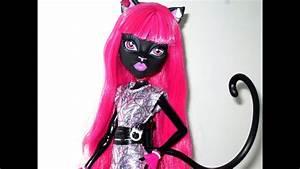 Monster High U2665 Catty Noir U2665 Scaremester U2665 Doll Review
