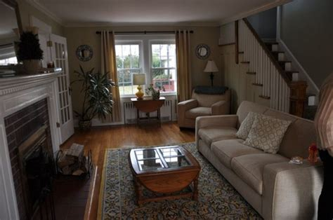 arrange furniture   narrowlong living room