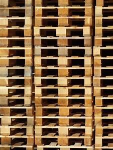 Palette Bois Gratuite : photo gratuite palettes en bois palettes pile image ~ Melissatoandfro.com Idées de Décoration