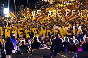 Catalan Independence: Artur Mas calls early regional ...