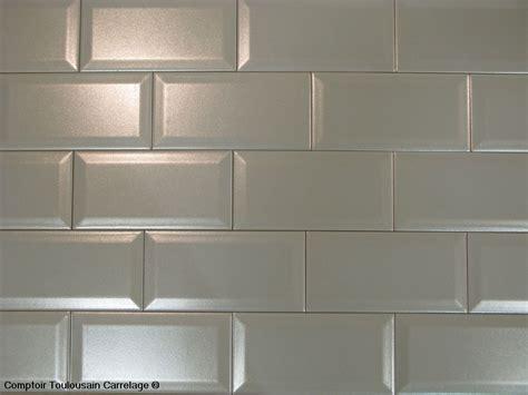 joint carrelage mural cuisine carrelage 10x20 metro blanc noir carrelage 1er choix