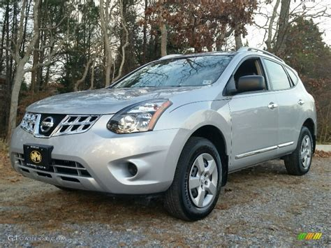 silver nissan rogue 2014 2014 brilliant silver nissan rogue select s 109232105