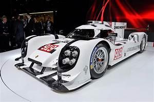 Aramis Auto Le Mans : 2014 porsche 919 hybrid le mans prototype races into geneva video ~ Gottalentnigeria.com Avis de Voitures