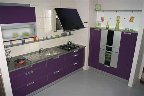 cuisine mod鑞e d exposition photo cuisine equipee moderne maison design bahbe com