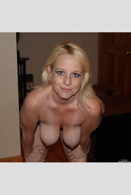Watchersweb Amateur Milf voyeur, Amateur, Milf, FREE free, BlondeHottie - In The Bedroom