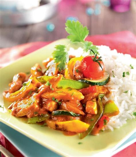 cuisine au wok poulet wok de légumes au poulet sauce tandoori cuisine wok sauces et légumes