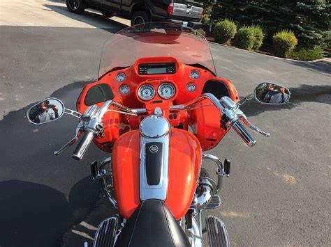 2009 Harley-davidson® Fltrse3 Cvo™ Road Glide® (orange
