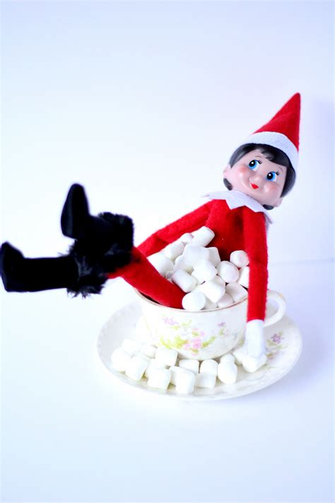 girl elf   shelf marshmallow bubble bath