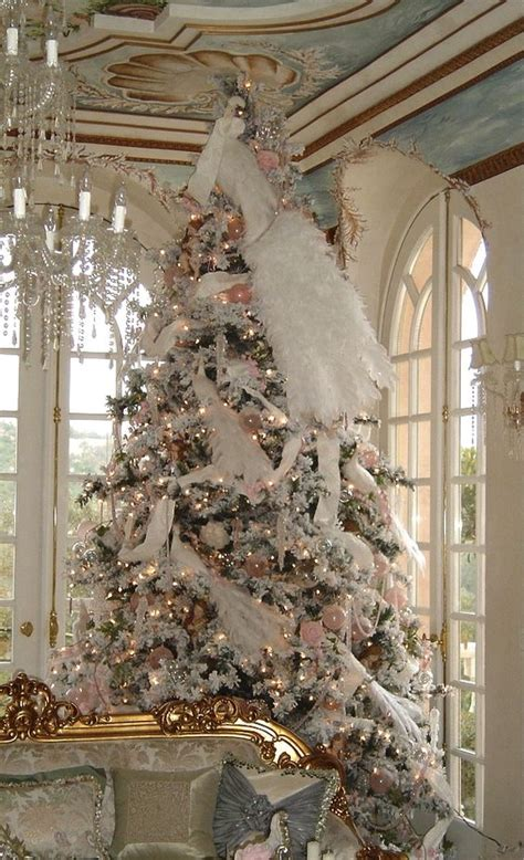 shabby chic tree decorations 44 delicate shabby chic christmas d 233 cor ideas digsdigs