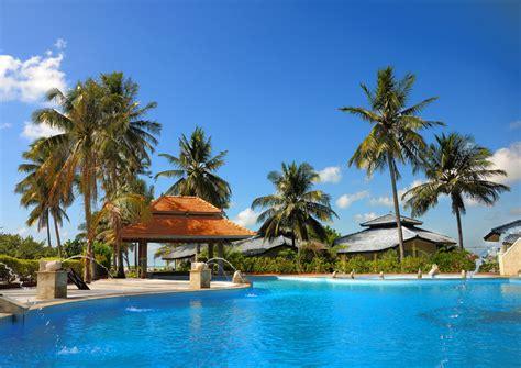 pantai parai tenggiri  pulau bangka yogaadetama