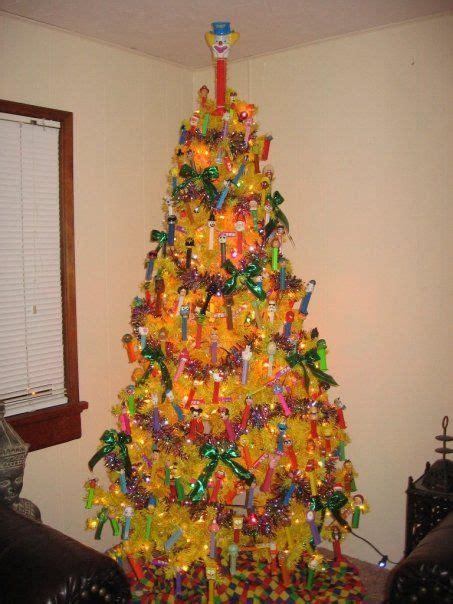 mundanacity good bad and wickedly ugly christmas trees 2009