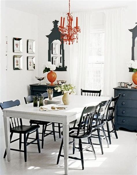black white tables and chairs finish the kitchen