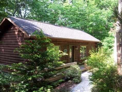 Honeymoon Cabin Double Jacuzzi In Master Bedroom Private