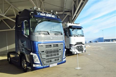 volvo truck manufacturing plants volvo sets up a sh2 5 billion trucks assembly plant in