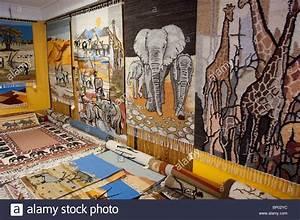 Teppich Auf Englisch : afrika namibia swakopmund karakulia teppich center ~ Watch28wear.com Haus und Dekorationen